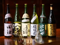 秋田の地酒から人気の日本酒まで各種取り揃えております。