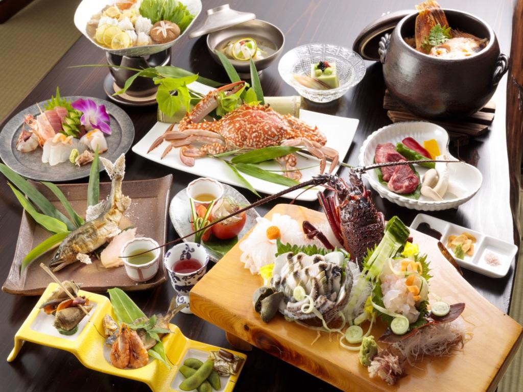 【夕食】懐石料理一例