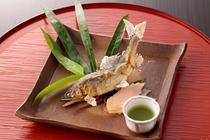 【焼き物】天然鮎塩焼き