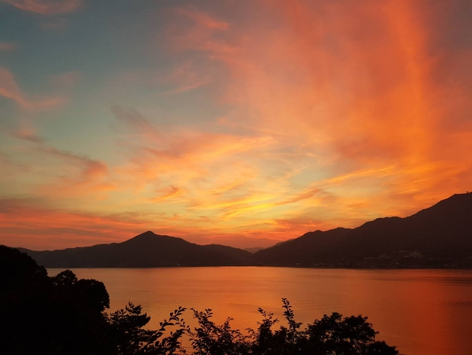 バルコニーからの夕陽