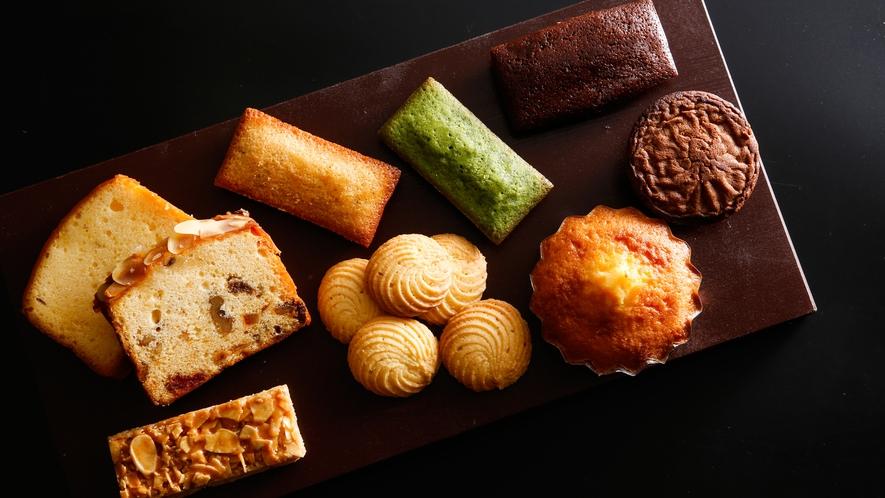 """【地産ショップ""""みまさかマルシェ""""】ホテルメイドの洋菓子(一例)"""