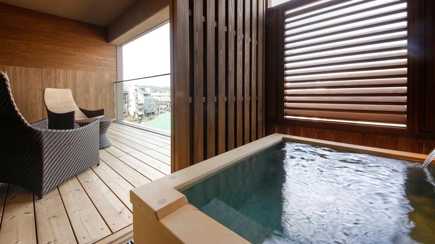 【特別フロア 湯楼】専有露天風呂テラス付和洋室A(一例)