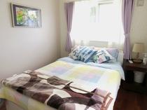 寝室2-2
