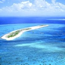 ナガンヌ島 徒歩7分の泊港から出航し美しい島へ。日帰りで可能です
