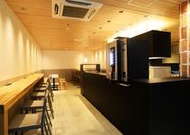 1階カフェテリアスペース