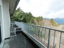 和室1〜4人部屋(バス無し・トイレ有)バルコニー