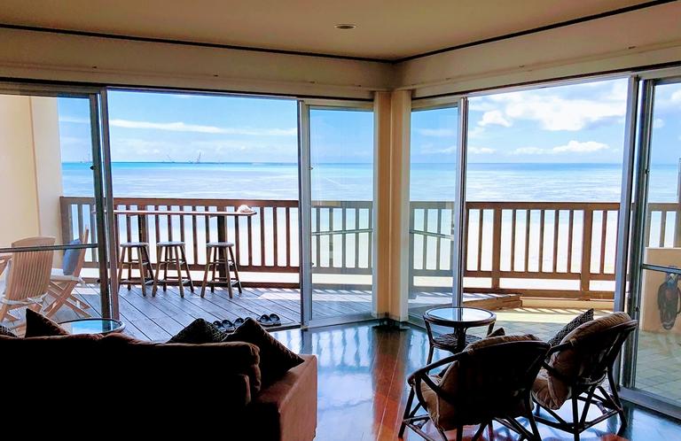 Wide View Ocean Front Living Room