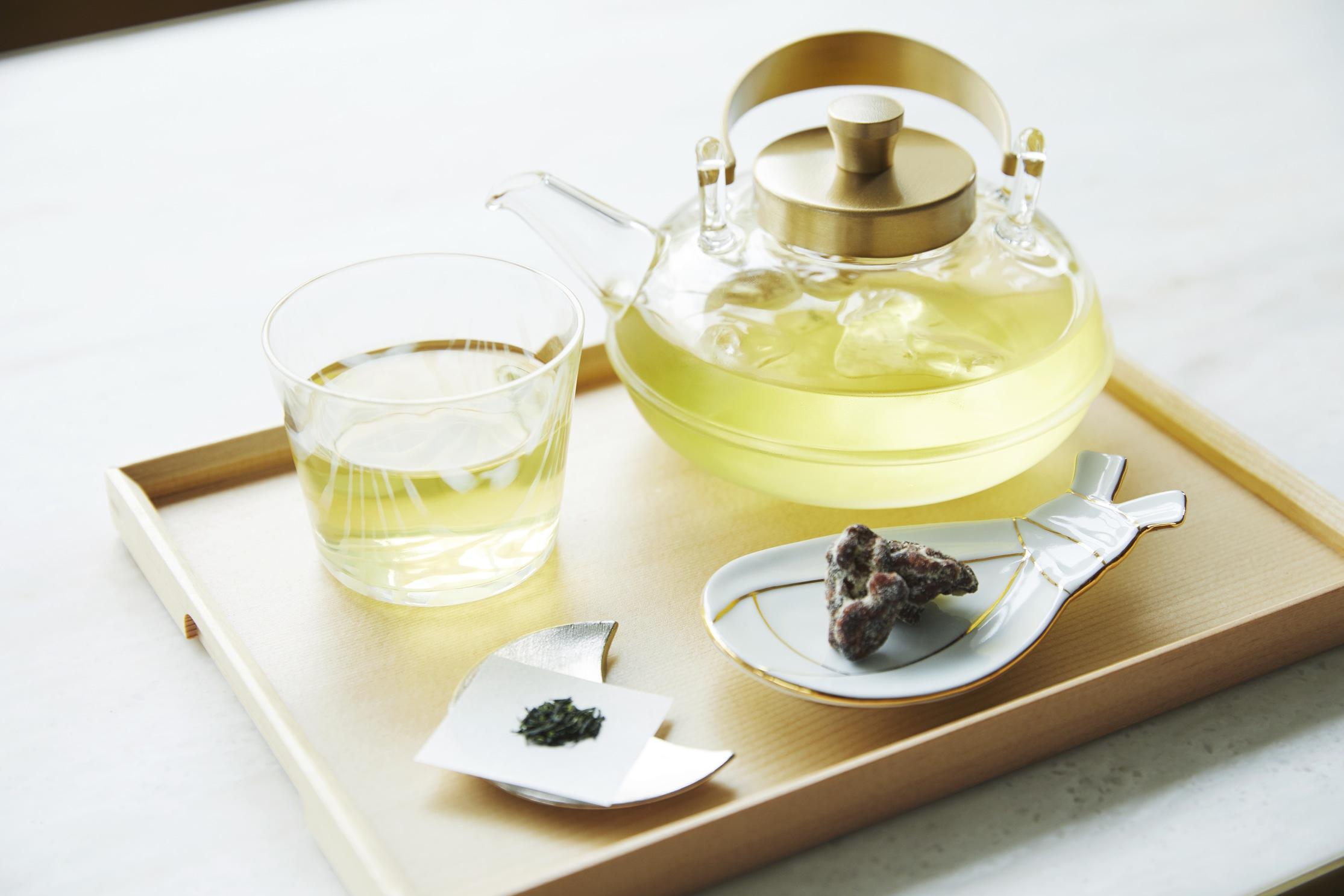 【MONday Living】では、セルフサービスでコーヒー・緑茶・お水を提供しております。