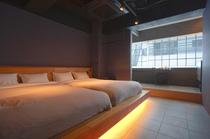 デラックスダブルルーム(4名様対象)|ホテル&ホステルSEVENGARDEN東京浅草