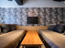 ダブルルーム2台とソファベッド2台のお部屋