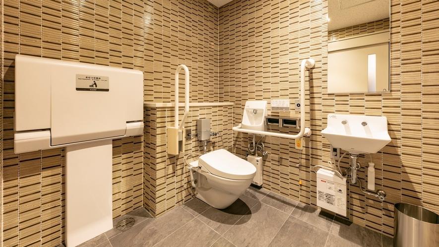 【2階】多目的トイレ