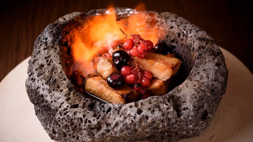 ご夕食 一例 溶岩焼き