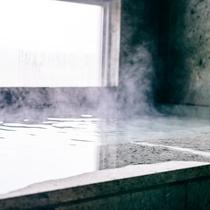 貸切風呂(室内風呂)湯舟