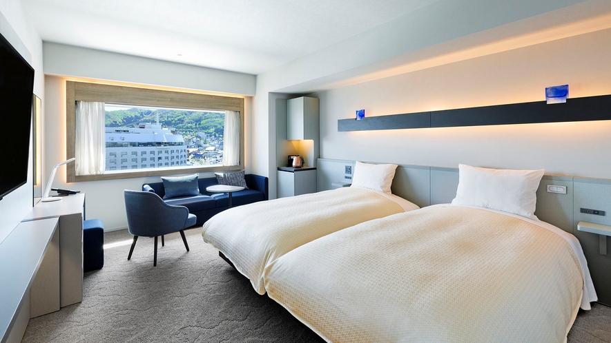 【客室】デラックスツイン/30㎡/こちらのお部屋タイプは全室函館山側を向いております。(最大2名)