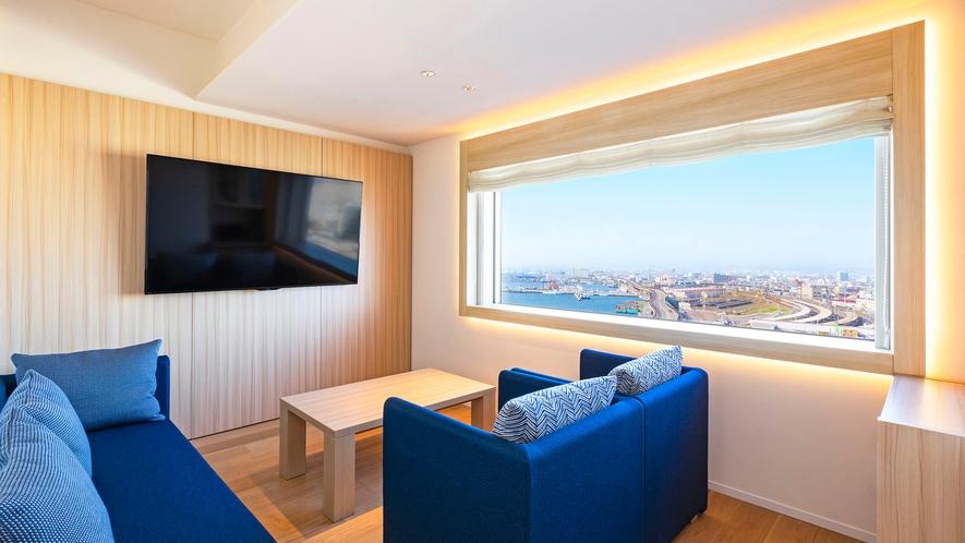 【客室】ジュニアスイート/46㎡/ベッドが3台あり最大定員数は4名。眺望は全て『函館駅側』となります