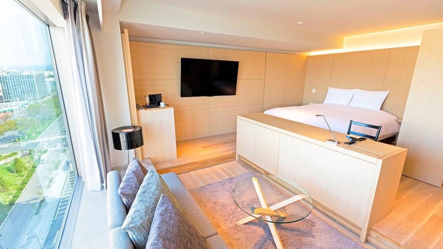 【客室】マリーナキング/42㎡/キングサイズのベッドをご用意。