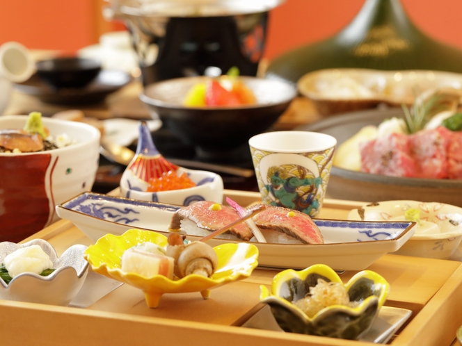 【食事】前菜には飛騨牛握り寿司のご準備。