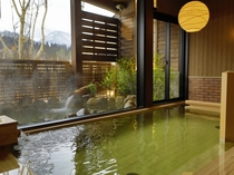 【大浴場:内湯】旅の醍醐味である温泉大浴場。湯冷めがしにくい、お湯です。