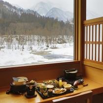 【食事】豊かな自然を眺めながら、朝食をご堪能下さい。