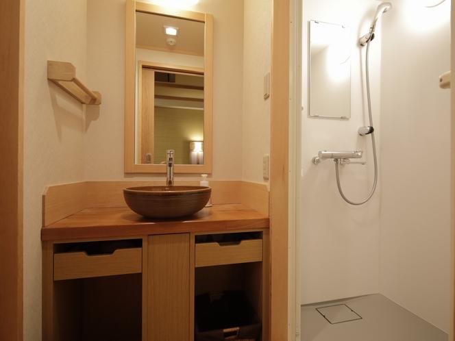 【客室】全室洗面台・シャワーブース設備