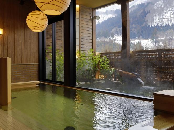 【大浴場:内風呂】天然温泉で湯浴みをお愉しみ頂けます。