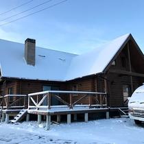 *外観一例/冬は雪がみるみる積もり、アクセスに影響がでることもございます