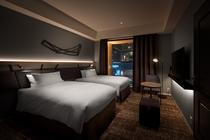 トリプル・ユニバーサル 親子ベッドは格納できるため、2名様で広くお部屋をご利用頂くことも可能です。
