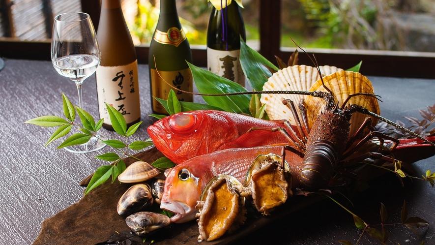 大和野菜や黒毛和牛の大和牛など、地元奈良の食材を活かしたお料理を舌鼓