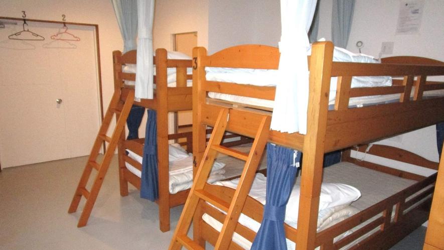 ・<ドミトリー二段ベッド>1人旅にぴったりお部屋です