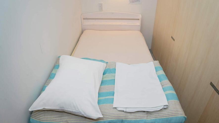 ・<男女共有ドミトリー個室タイプ>清潔感のある部屋です