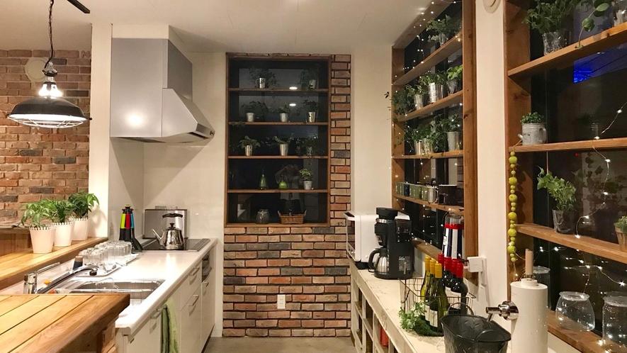 ・【自炊可】レンジ/冷蔵庫/コーヒーメーカー/調理器具/食器あります