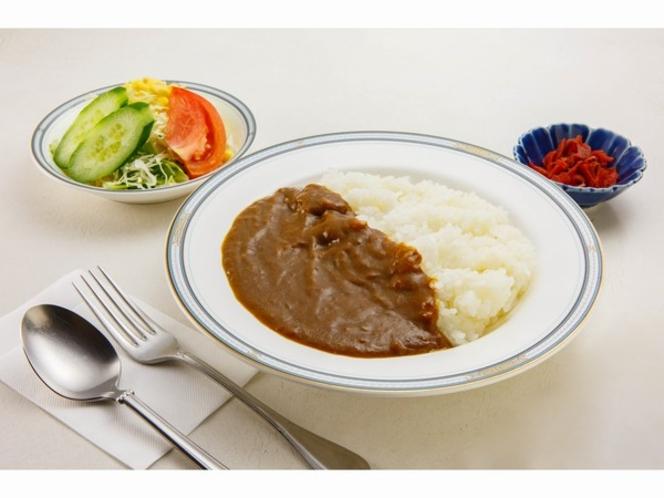 ご朝食(牛肉のコクと玉ねぎの甘みがコラボした朝カレーセット)