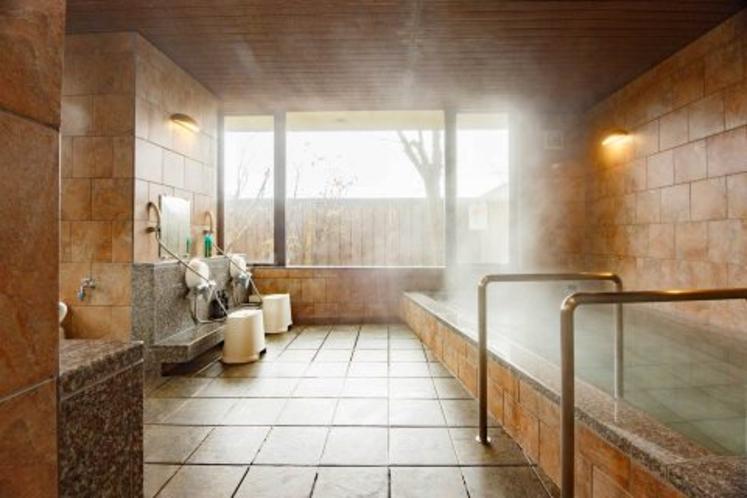 大浴場「春日野湯」(男湯)ご利用時間 15:00~24:00  6:00~9:00