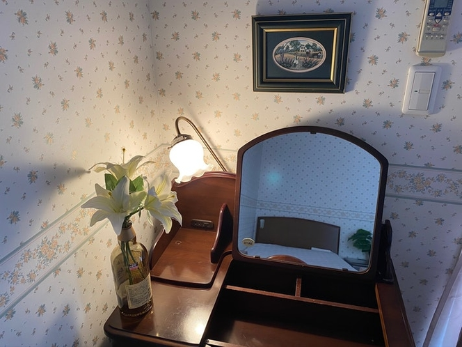 洋室② 化粧台