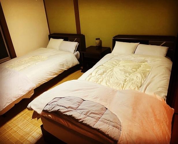 ベッドルーム(川の間)