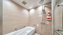 ・ツインルーム/1階のバリアフリールーム 洗い場付きバスルーム