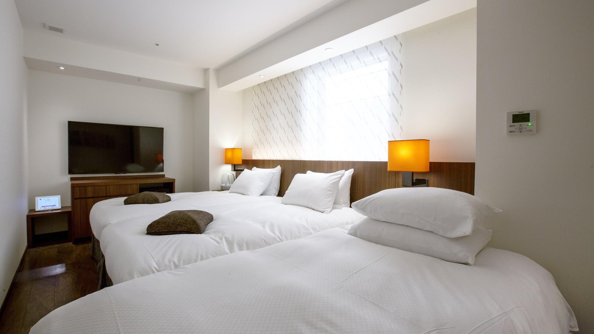 「スーペリアツイン」はベッドを追加してトリプルルームとしてもお使いいただけます。