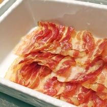 朝食「ベーコン」