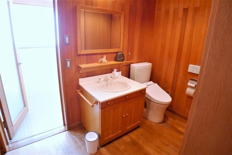 2Fバスルーム・トイレ