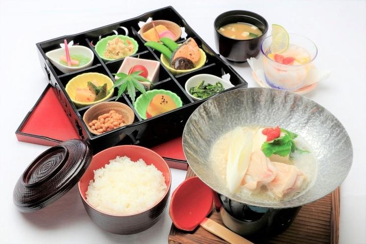 朝食・和食(別途お申込み800円)