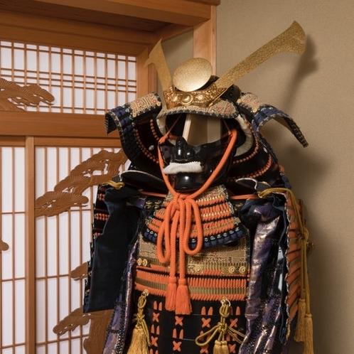 和室に飾られてる兜