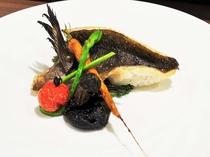【夕食】石窯ロースト料理 魚介(一例)