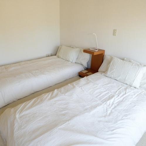 1F予備寝室・ポケットコイルマットレス+高反発マットレストッパー