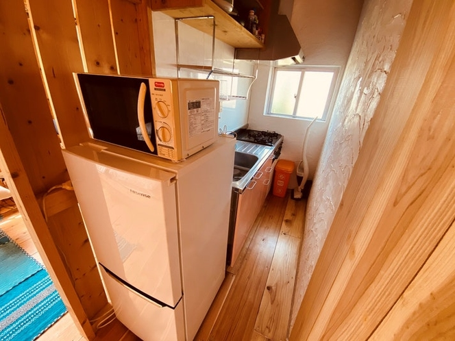 キッチン・冷蔵庫・電子レンジ完備