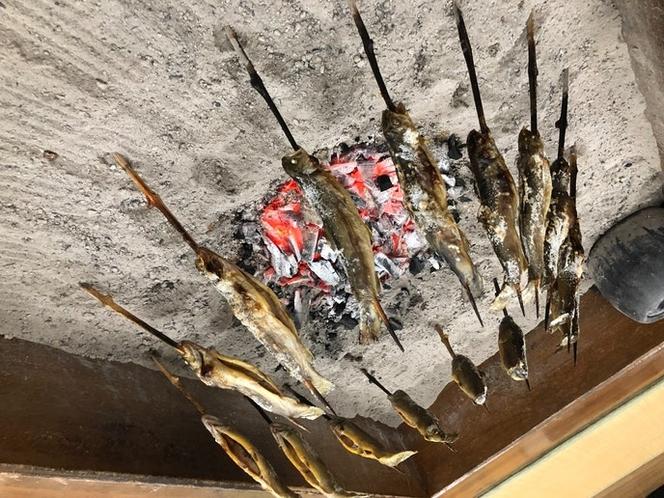 イワナ串焼き体験