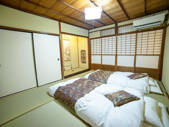 8畳和室はより和を感じられる床の間付き