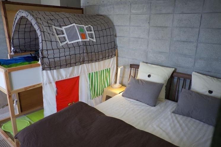 クイーンのベッドのお部屋