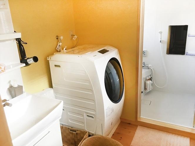 洗濯脱衣所
