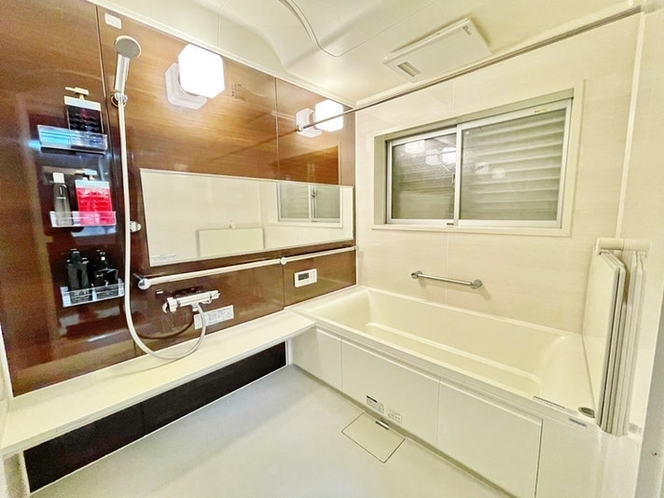浴槽も洗い場も広めになっています