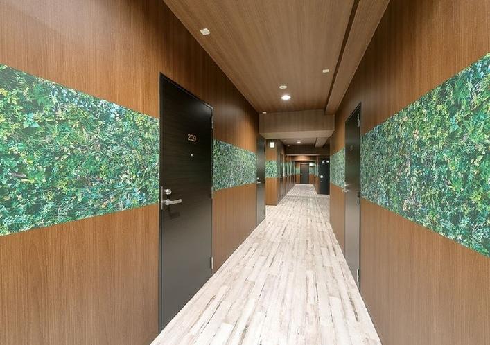 ご宿泊フロアの廊下です。